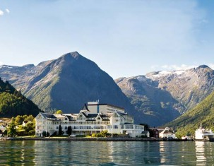 Photo of Balestrand