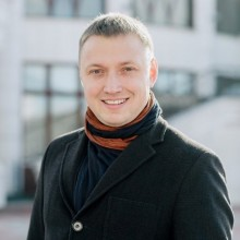 Антон Зенков